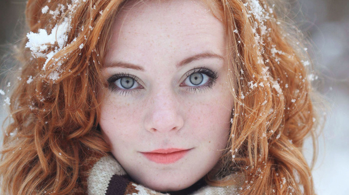 pale, Freyja Vanden Broucke, redhead, long hair, model, snow, lips, smiling, freckles, blue eyes, girl, green eyes, girl outdoors, portrait, closeup, face