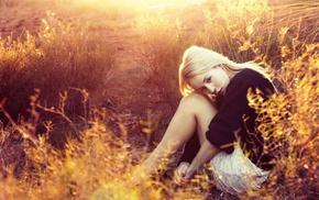 sitting, blonde, girl outdoors, girl, sunlight, nature
