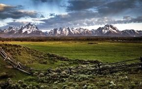 пастбище, природа, свежая природа, заборчик, снег на склонах гор