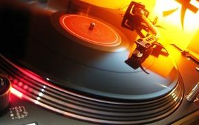 DJ, turntables