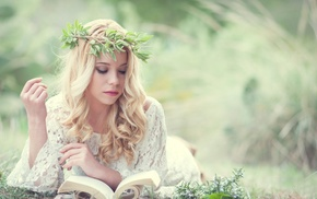 blonde, girl outdoors, wreaths, books, reading